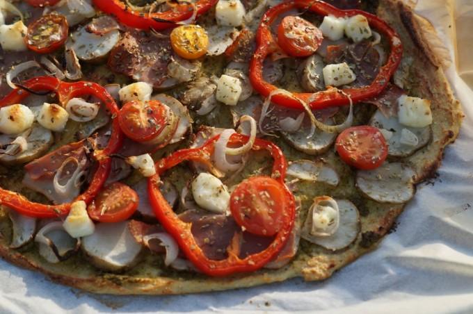 blomkålspizza med pesto