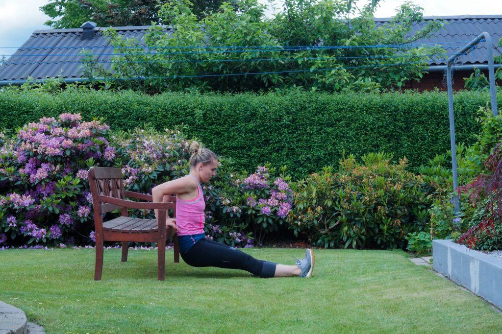 træning på bænk