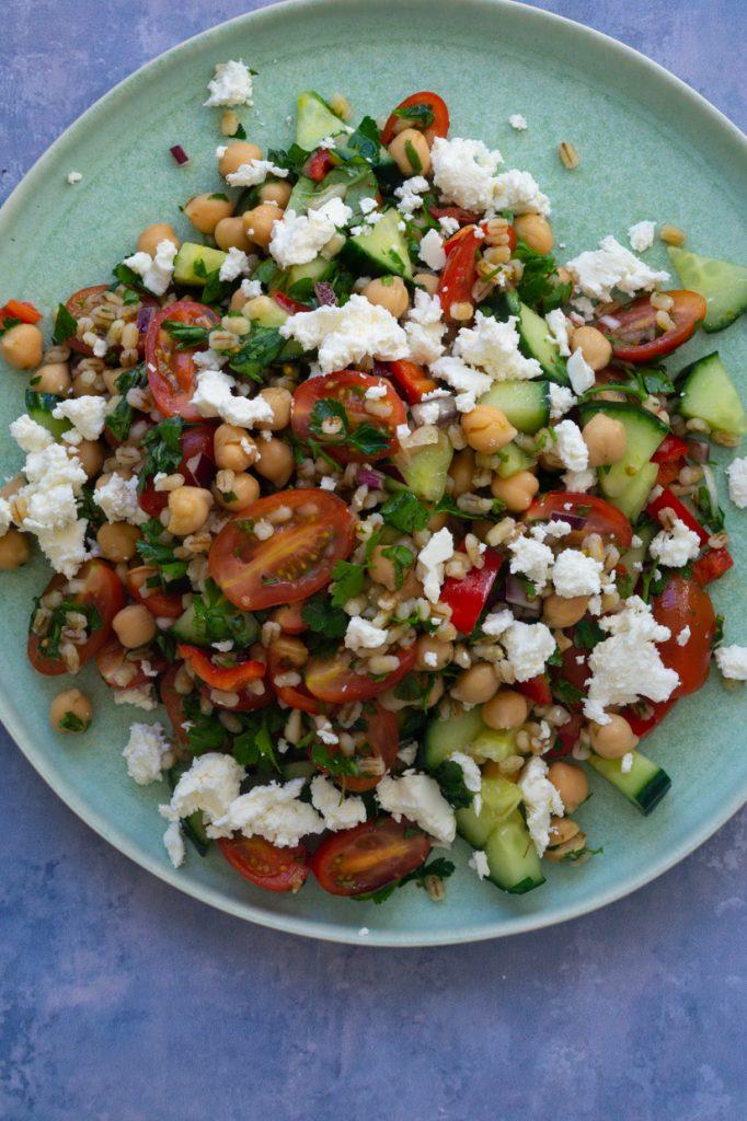 græsk kikærtesalat