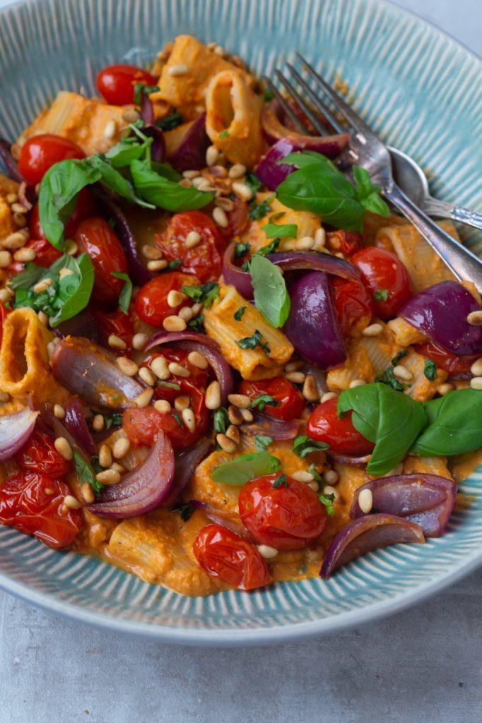 pasta med peberfrugtsauce