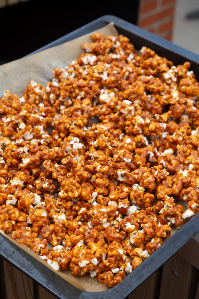 popcorn med karamel
